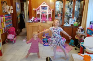 Picture of kids enjoying dancing to the catchy fun children's songs from Scott Welcomme's Welcomme Wonderland album